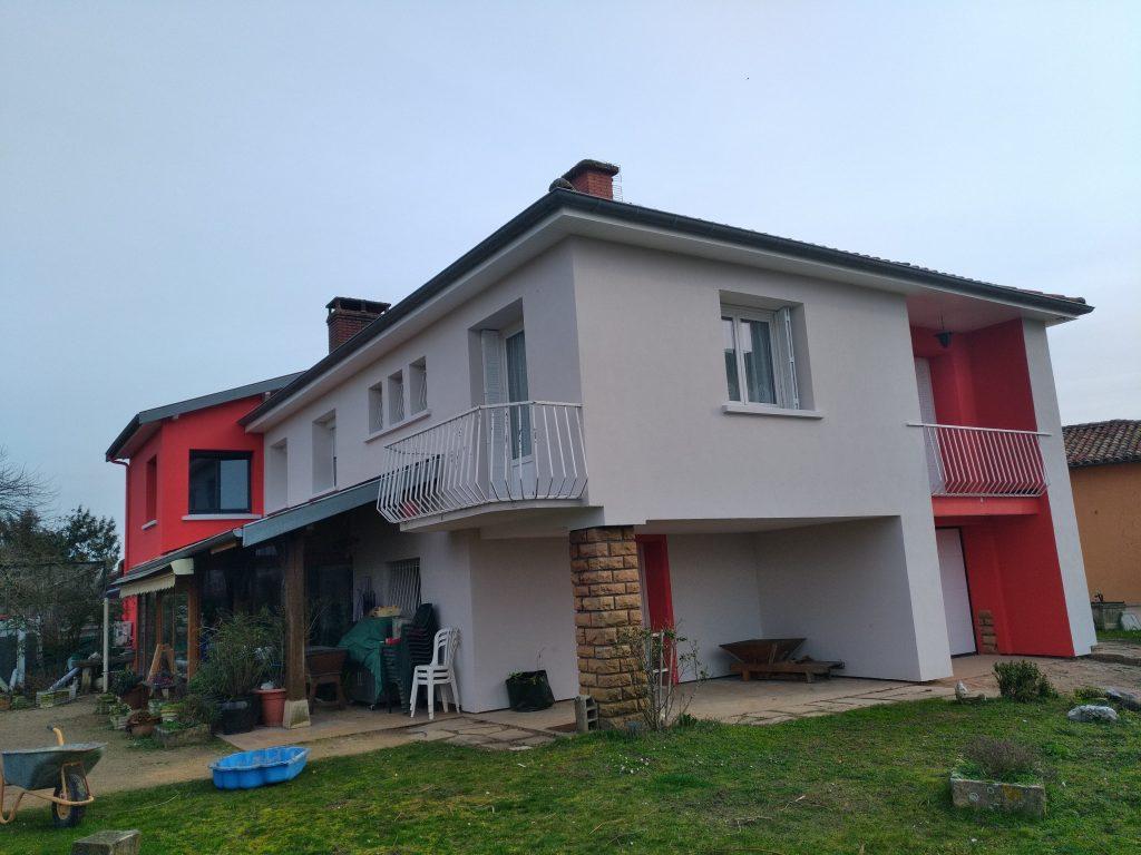 Isolation par ITE d'une villa des années 1970 et enduit de façade RME taloché 2 couleurs 4